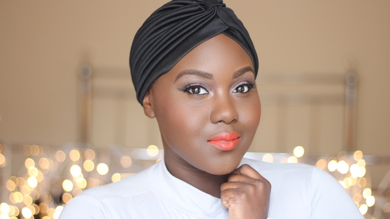 Get glammed up in less than 10 mins watch this everyday makeup makeup routines can take hours from contouring to getting your eyebrows to look on fleek here are two makeup tutorials where beauty vloggers chanel baditri Images