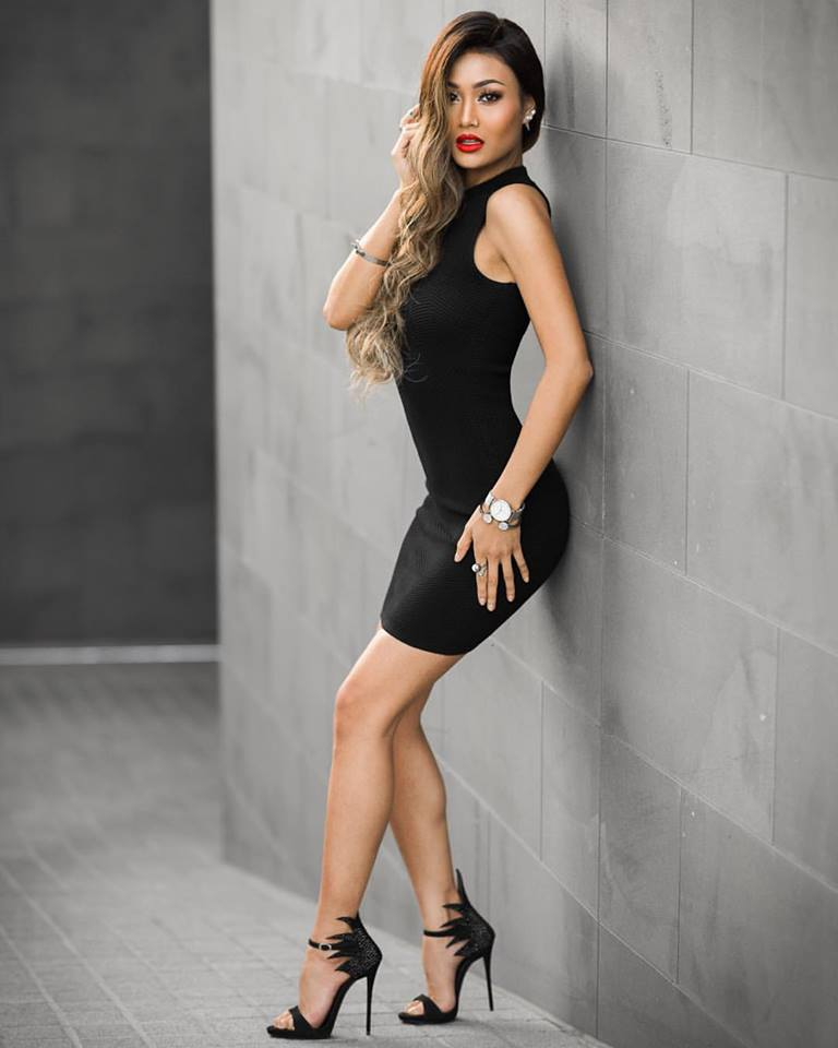 Career Fashion Blogger