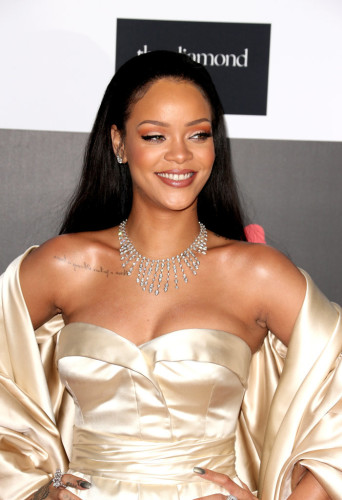 Celebrities-Rihanna-Diamond-Ball-2015-Pictures