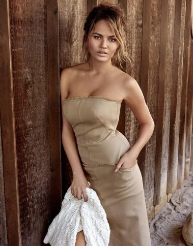 Chrissy-Teigen-Vogue-Thailand-1