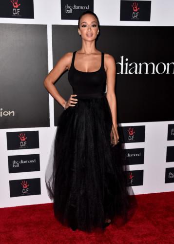 Rihanna-Clara-Lionel-Foundation-Host-2nd-Annual-draya-700x981