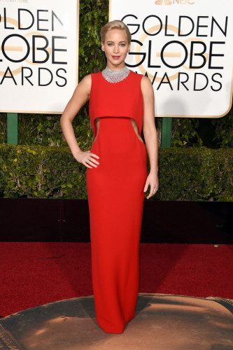GoldenGlobeAwardsArrivals-jennifer-lawrence-665x1000