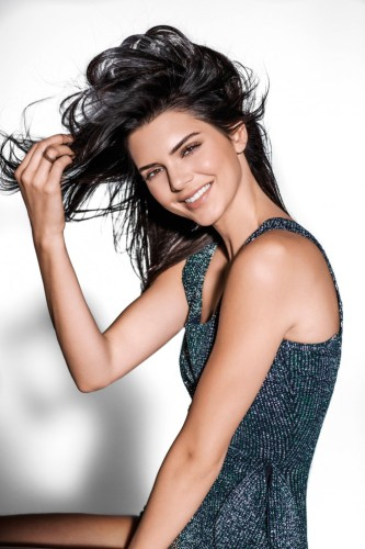 Kendall-Jenner-Vogue-Brazil-2016-january-1