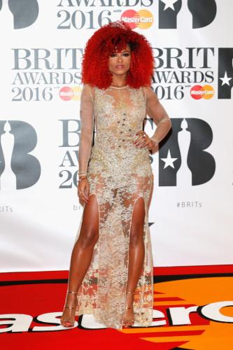 Brit-Awards-2016-Red-Carpet-Arrivals-fleur-east