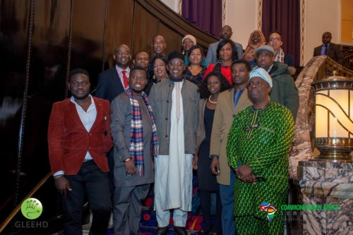 Delegates Pictures with Nigerias Minister of Youth (Medium)
