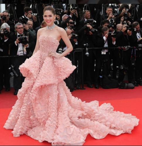 Cannes-Film-Festival-2016-Chompoo-Araya-A-Hargate-Ralph-Russo