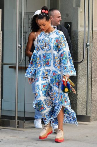 Rihanna+Out+And+About+In+NYC+