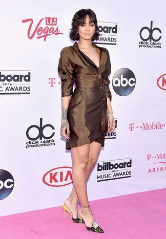 Rihanna in Thierry Mugler