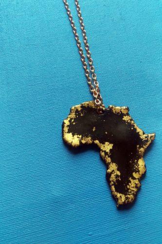 africa necklace gold black (1)