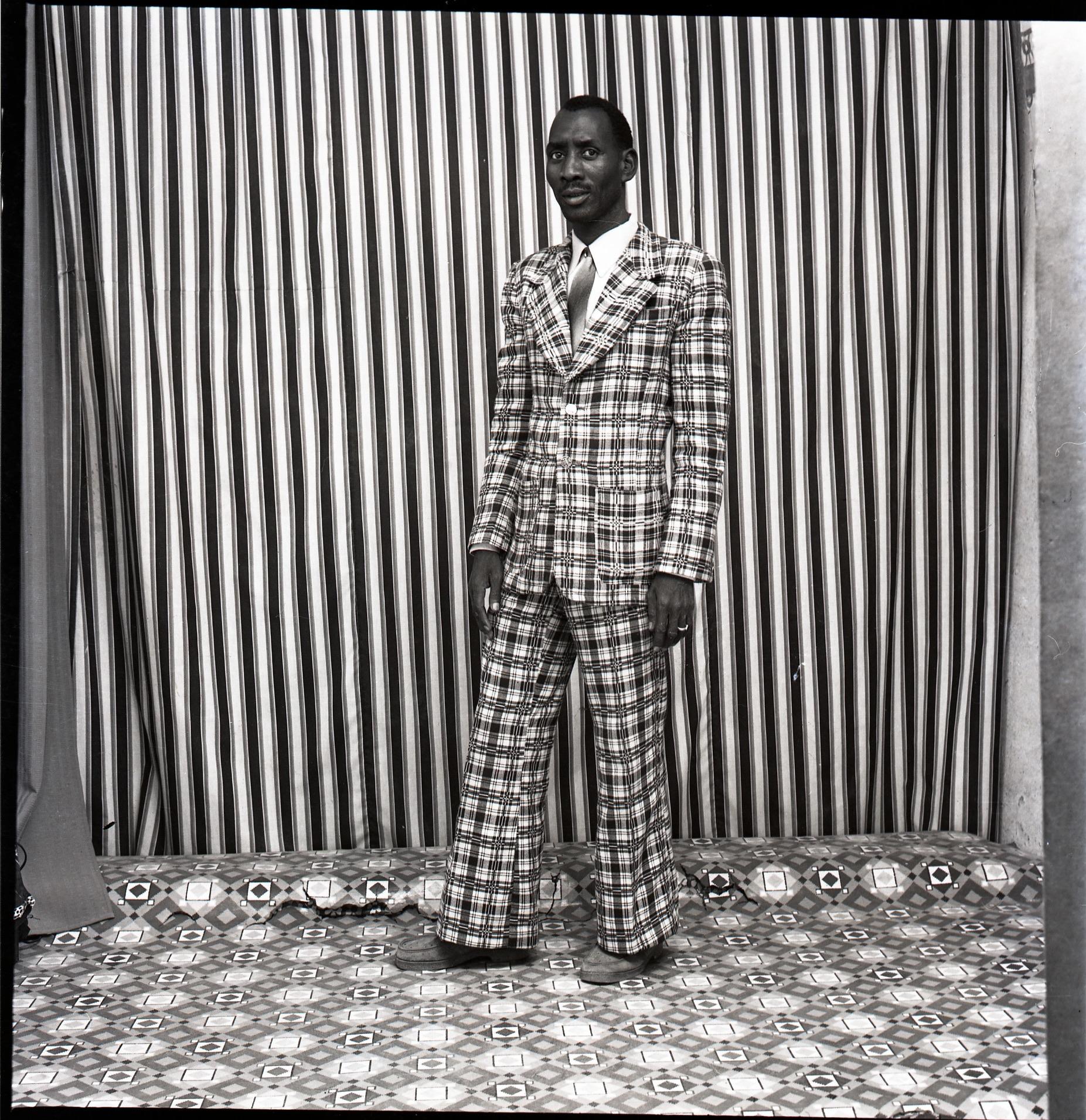 Malick Sidibé, A moi seul, 1978, Tirage argentique baryté, Papier : 50 x 60 cm