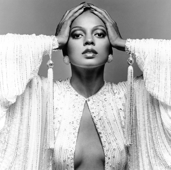 Diana Ross to perform at Glastonbury