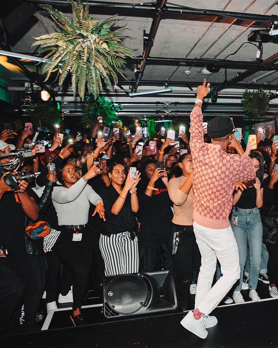 Wizkid entertains fans at Youtube Space in London