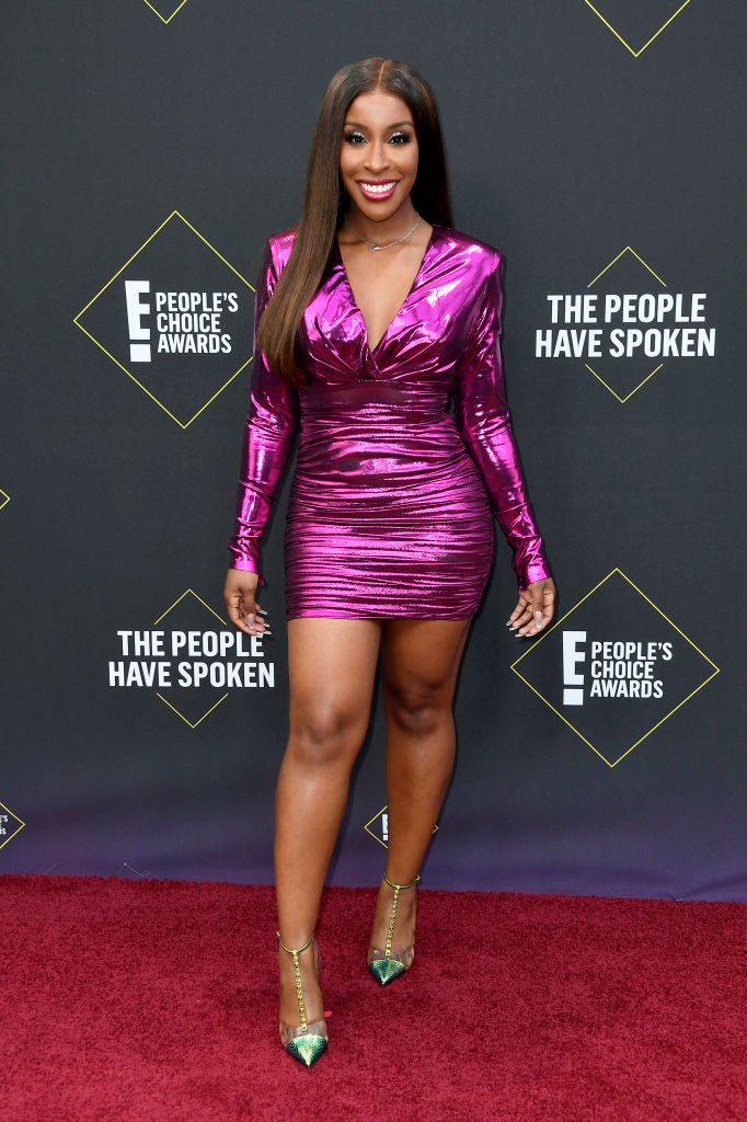 Jackie Aina At E! People's Choice Awards 2019 red carpet.