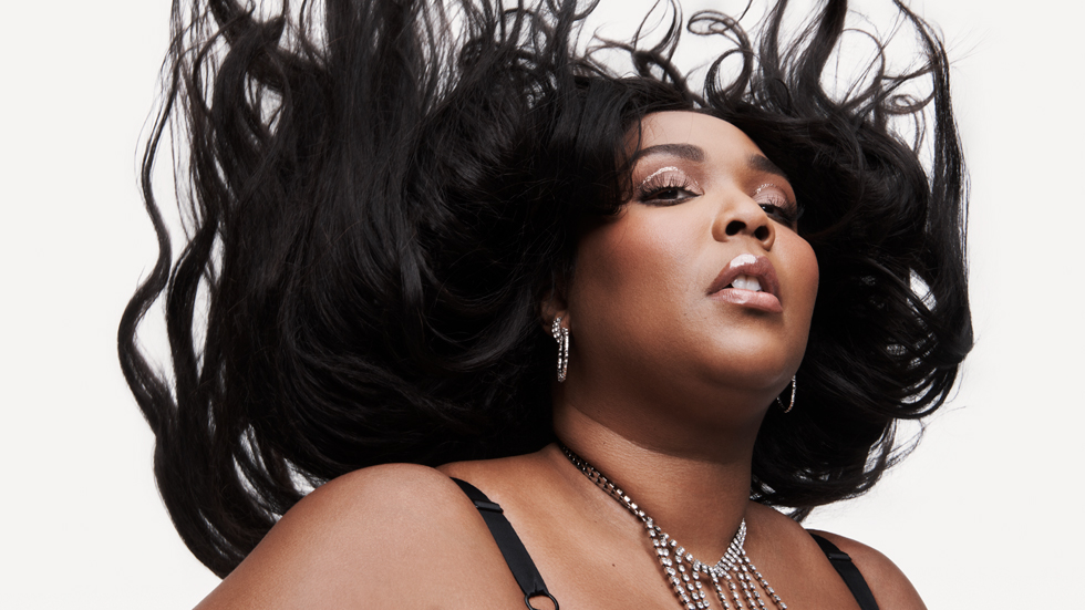 Lizzo has been announced as the Breakthrough Artist of the Year By Apple