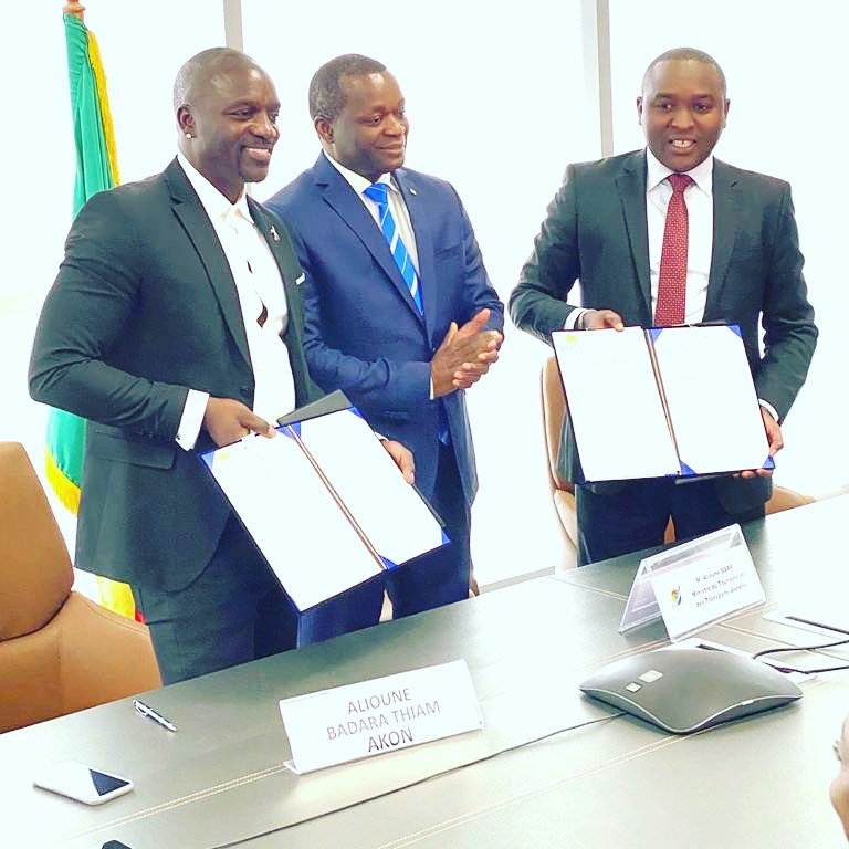 Akon Finalizes Agreement For The Construction Of His Own City In Senegal